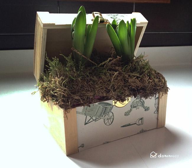 Manualidad: caja cofre con flores.