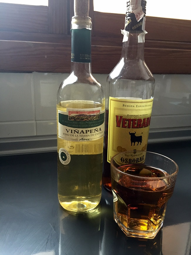 vino y fino para la receta de pollo asado