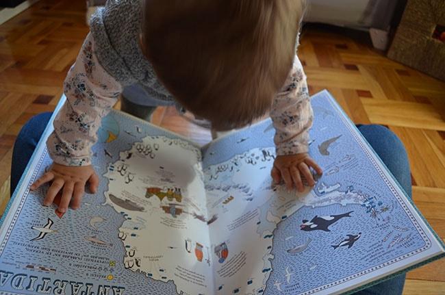 Mapa de la Antártida del Atlas del mundo de Maeva