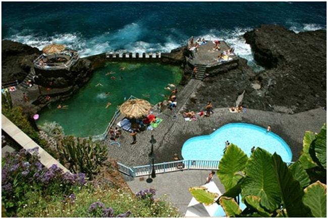 verano con niños: Juegos piscinas naturales
