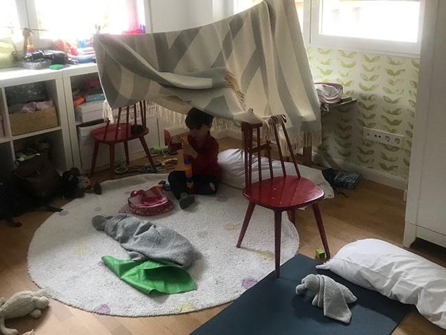 juegos en familia: organizar una acampada
